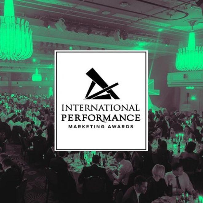 IMPA Logo vor grün-schwarzem Hintergrund
