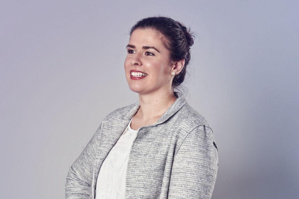Angelina Jakowetz headshot