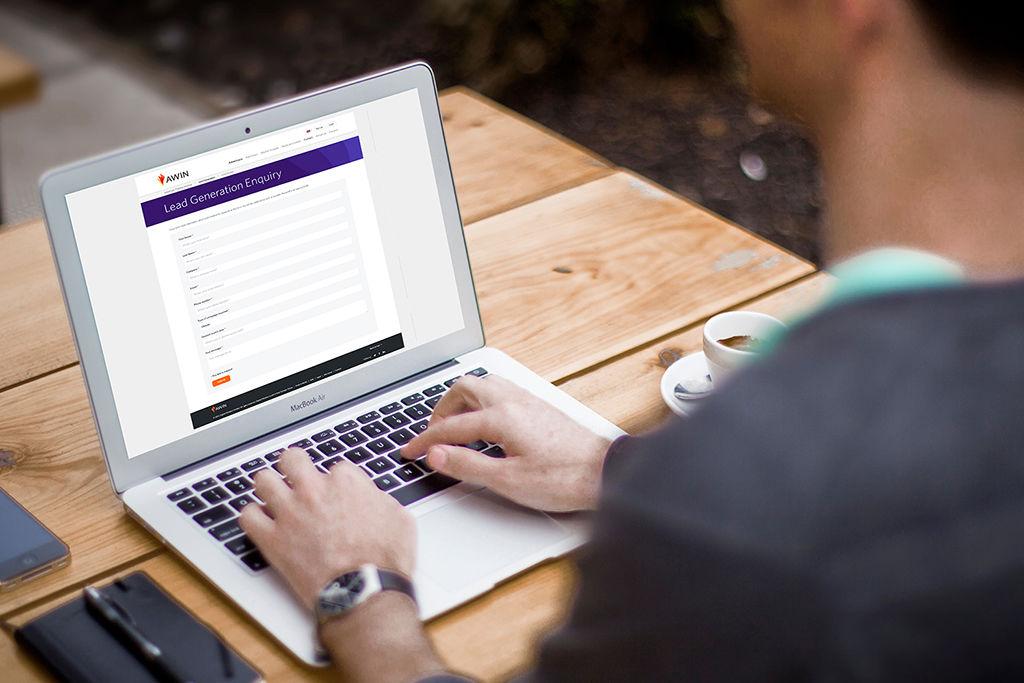 Construye tu base de datos de clientes potenciales con generación de registros