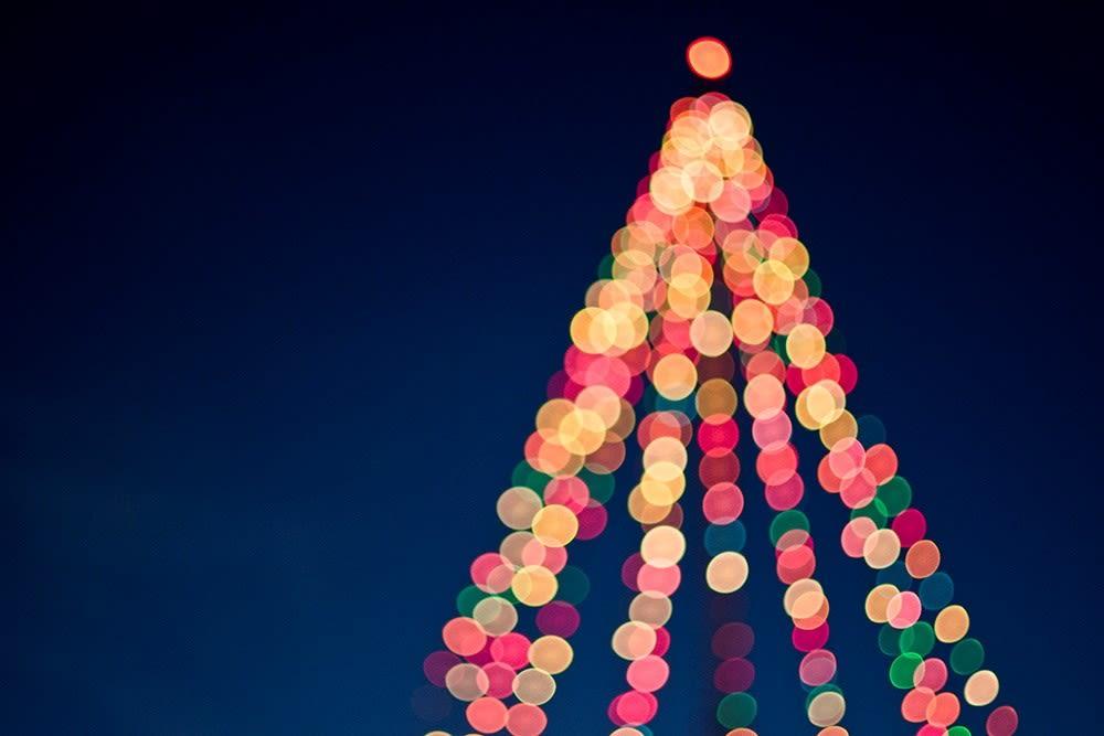 Lucine a forma di albero di Natale
