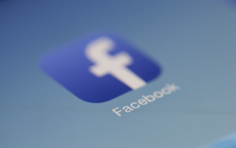 Estamos a beira de uma nova era, está na hora de acabar com o Facebook?