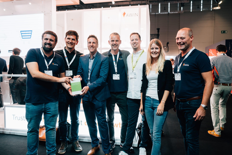 xpose360 nimmt den Agency Award entgegen