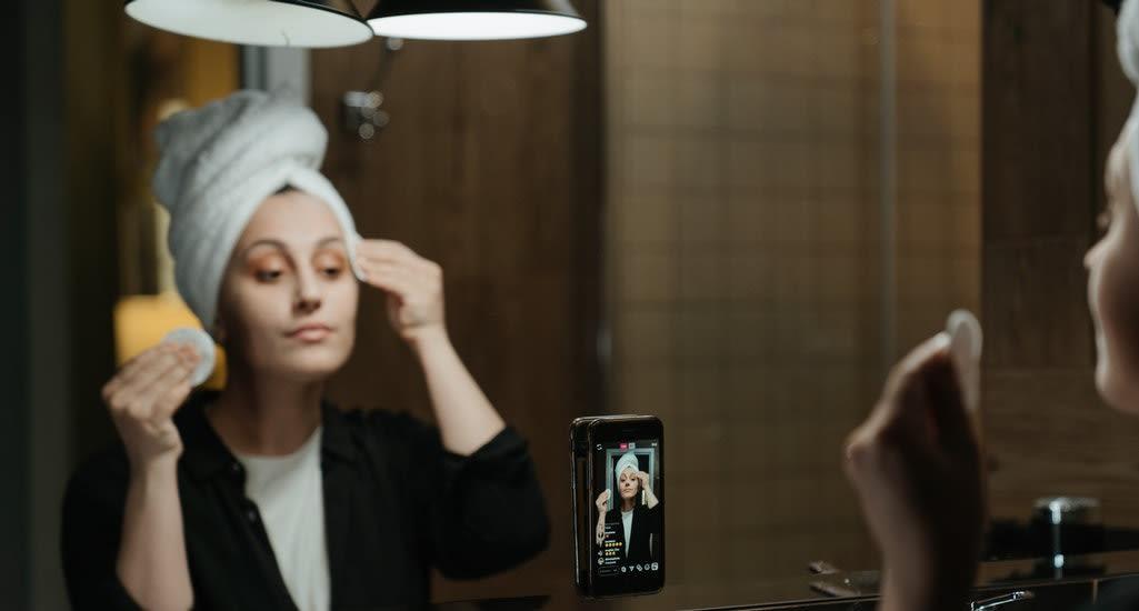 Make up influencer
